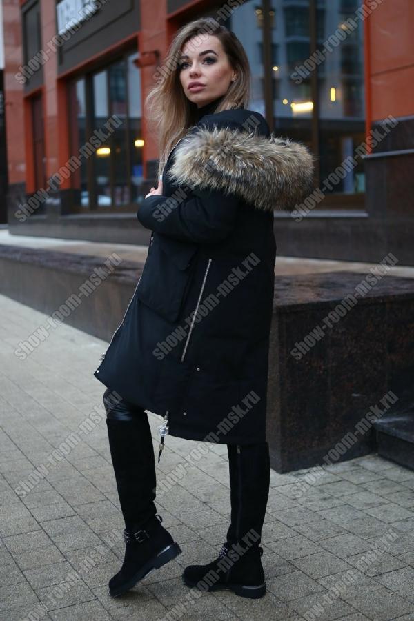 Зимняя куртка парка с цветным мехом