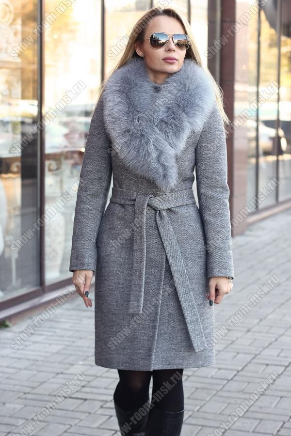 Женское модное пальто с английским воротником и мехом