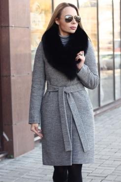 Женское кашемировое пальто с песцом по низкой цене